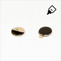 D12x1,5mm - N35 NdFeB Scheiben Magnet mit 3M Tab - NiCuNi - Süd