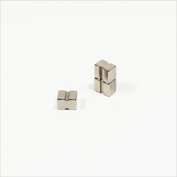 12x10x8mm - N42 NdFeB Magnet mit Aussparungen