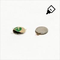 D10x1mm - N42 NdFeB Scheiben Magnet mit 3M Tab - NiCuNi - Süd